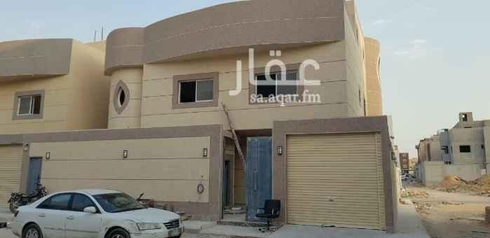 فيلا للبيع في شارع رقم 348 ، الرياض