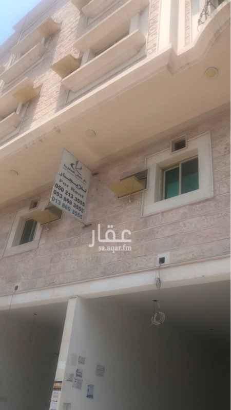 محل للإيجار في شارع الامير بندر بن عبد العزيز ، حي الخبر الشمالية ، الخبر