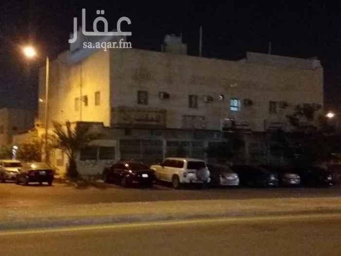 عمارة للبيع في شارع احمد بن عمر التنبكتي ، حي العقيق ، الرياض ، الرياض
