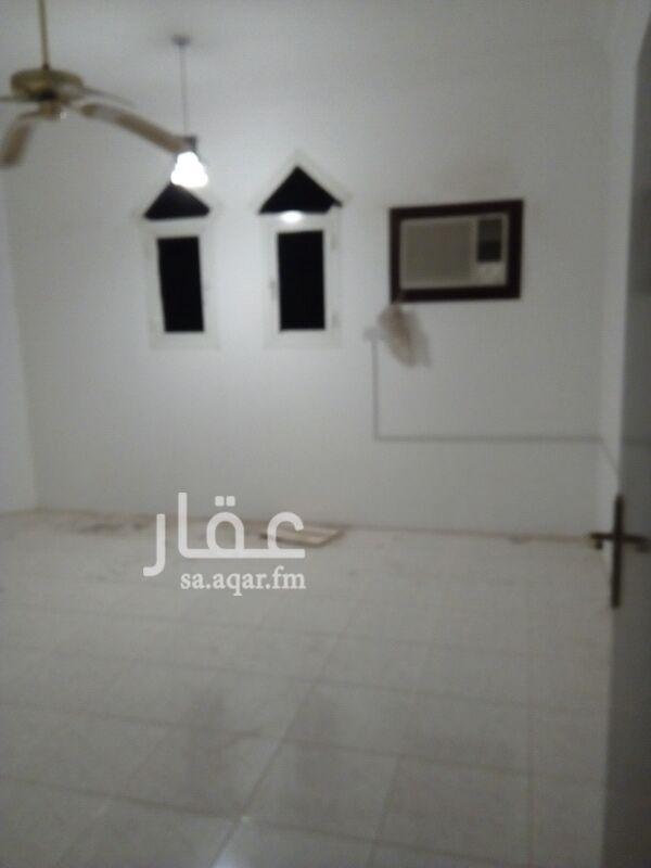 دور للإيجار في شارع طنطا ، حي الروابي ، الرياض