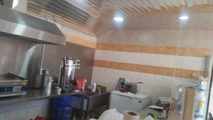 محل للبيع في شارع الحسين بن علي ، حي الصناعية ، القطيف ، القطيف