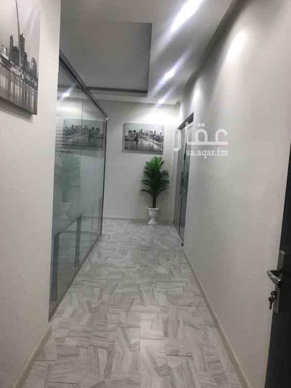 مكتب تجاري للإيجار في شارع الشيخ عبدالعزيز بن عبدالرحمن بن بشر ، حي الخليج ، الرياض