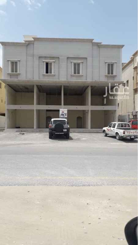 عمارة للبيع في شارع 38 ج ، حي طيبة ، الدمام
