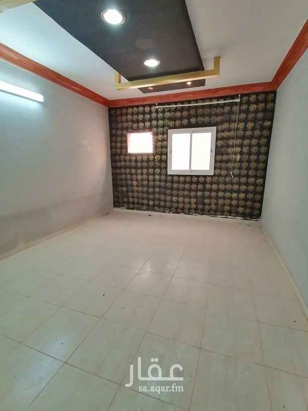 شقة للإيجار في 7990 3739 ، طريق العزيزية ، حي الدار البيضاء ، الرياض ، الرياض