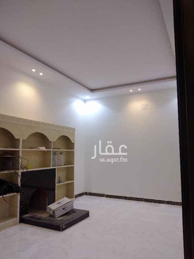 فيلا للإيجار في شارع مرج القلعه ، حي الرمال ، الرياض ، الرياض
