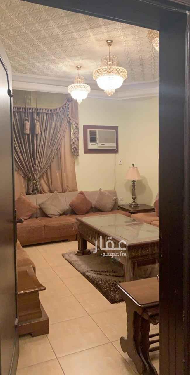 فيلا للبيع في شارع الامير جلوي بن تركي بن عبدالله ، حي الملك فهد ، الرياض