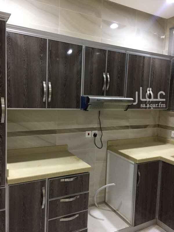 شقة للإيجار في شارع عقيل عطاس ، الرياض