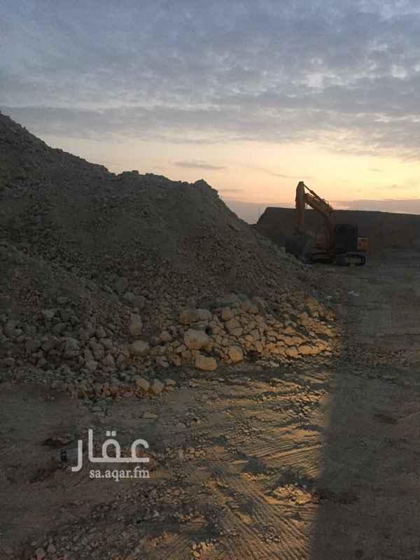 أرض للبيع في شارع القنا ، الرياض
