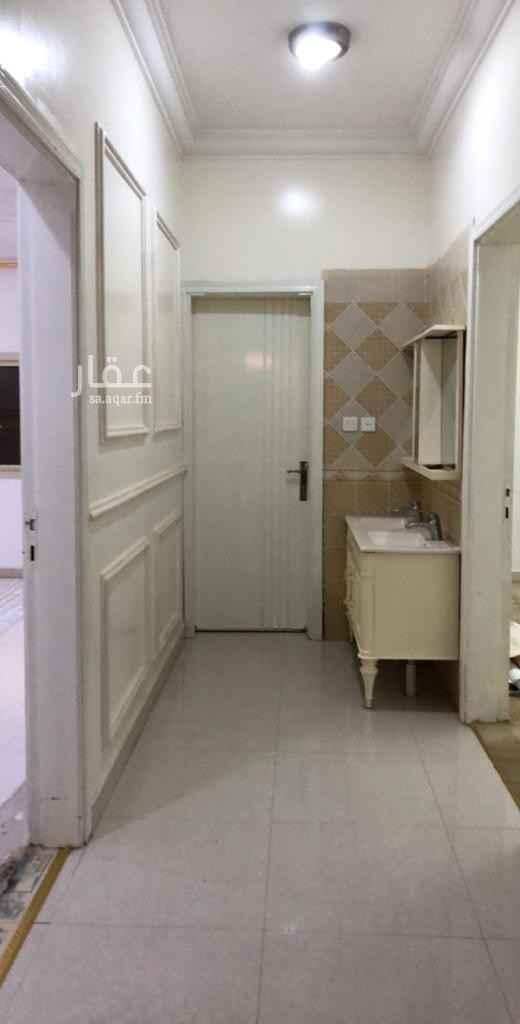 دور للإيجار في شارع الربيع العامري ، حي النهضة ، الرياض ، الرياض