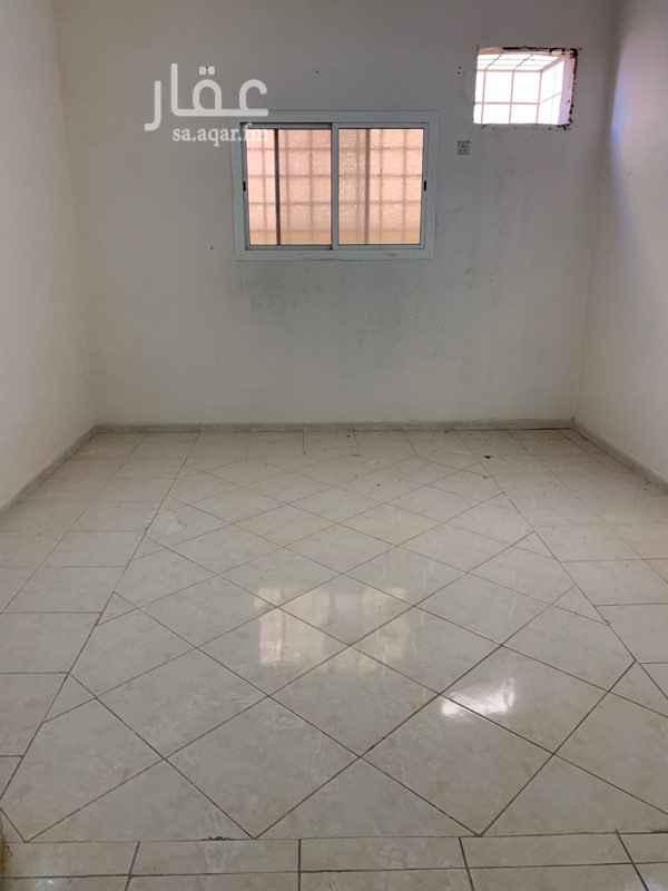 شقة للإيجار في شارع عبدالملك بن إبراهيم ، حي العزيزية ، المدينة المنورة ، المدينة المنورة