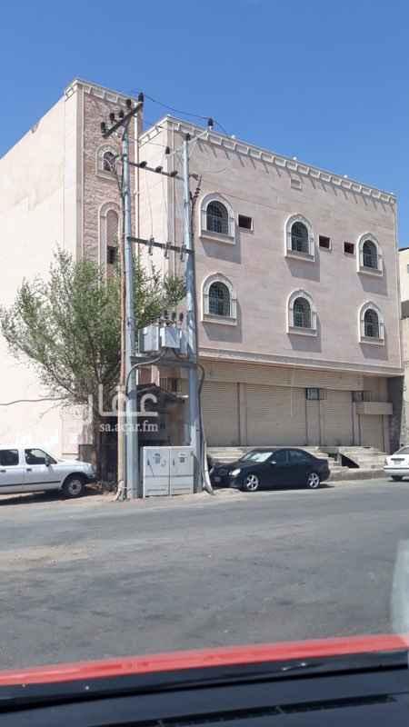 مستودع للإيجار في شارع سلمه بن مالك السلمي ، حي الوبرة ، المدينة المنورة ، المدينة المنورة