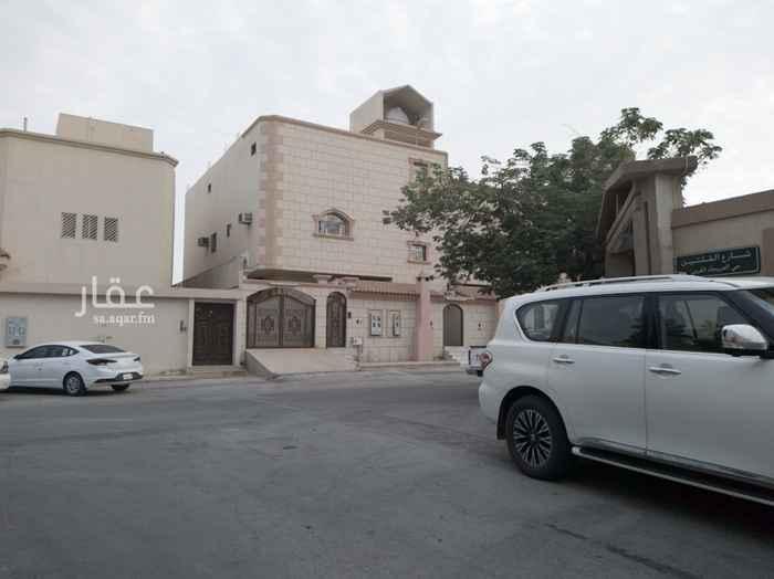 فيلا للبيع في شارع محمد السنوسي ، حي العريجاء الغربية ، الرياض