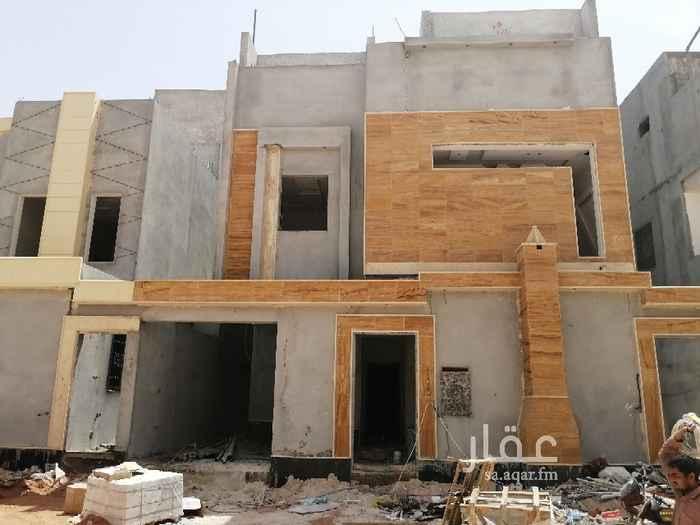 فيلا للبيع في شارع عبدالله المويس ، حي الرمال ، الرياض ، الرياض
