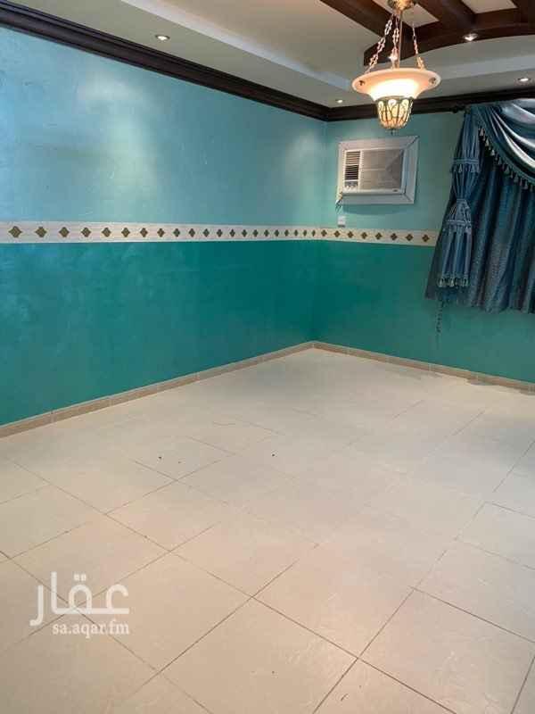 شقة للبيع في شارع المثنى بن حارثة ، حي الشفا ، الرياض ، الرياض