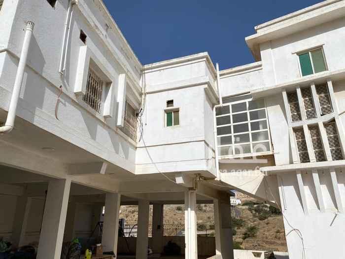 شقة للإيجار في حي شهبة ، الباحة ، الباحة