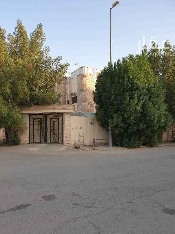 فيلا للبيع في شارع شيخ الاسلام النووي ، حي الملك فهد ، الرياض