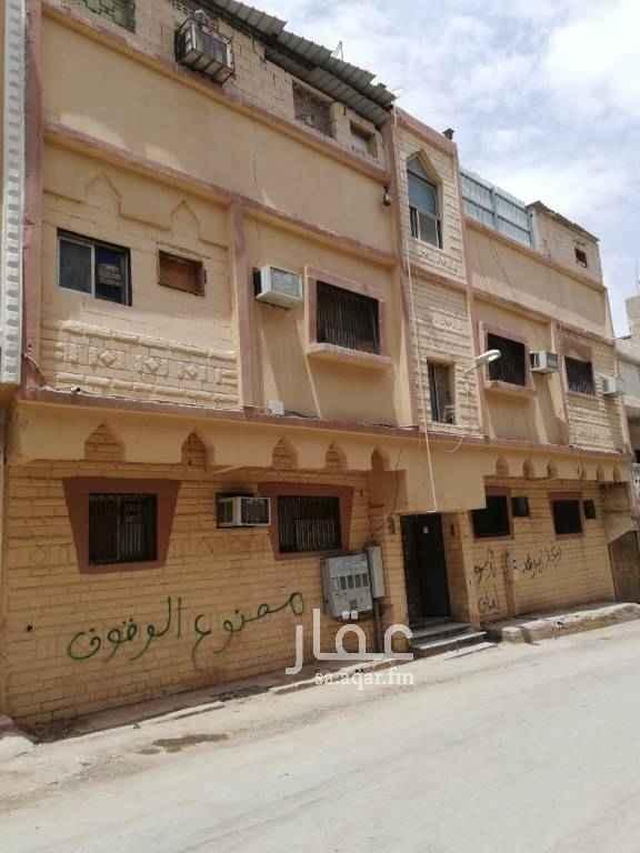 عمارة للبيع في شارع مسلمة الفهري ، حي منفوحة الجديدة ، الرياض ، الرياض
