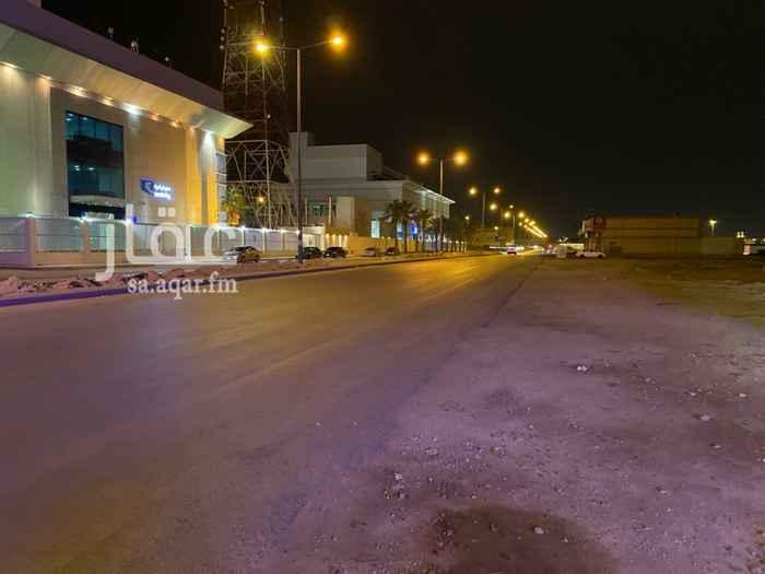 أرض للإيجار في شارع وادي وج ، حي الملقا ، الرياض ، الرياض