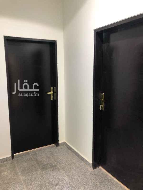 شقة للإيجار في شارع صحار بن عياش ، الرياض ، الرياض