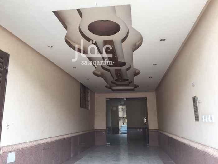 شقة للبيع في شارع الخزنه ، حي اشبيلية ، الرياض