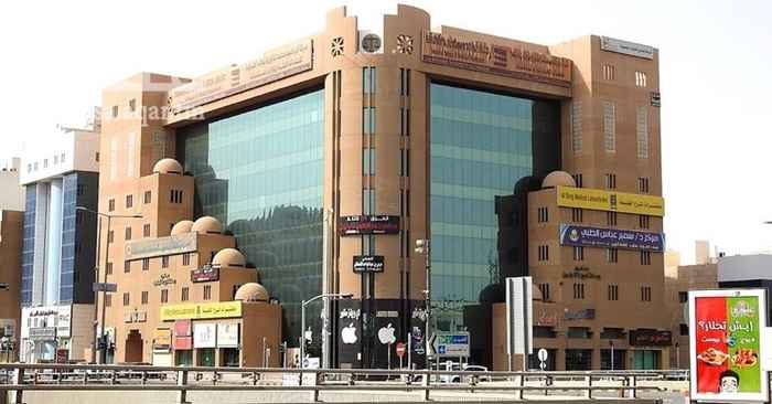 مكتب تجاري للإيجار في شارع العليا ، الرياض