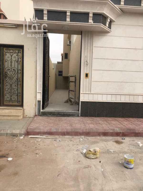 دور للإيجار في شارع احمد بن عطوة ، حي النهضة ، الرياض