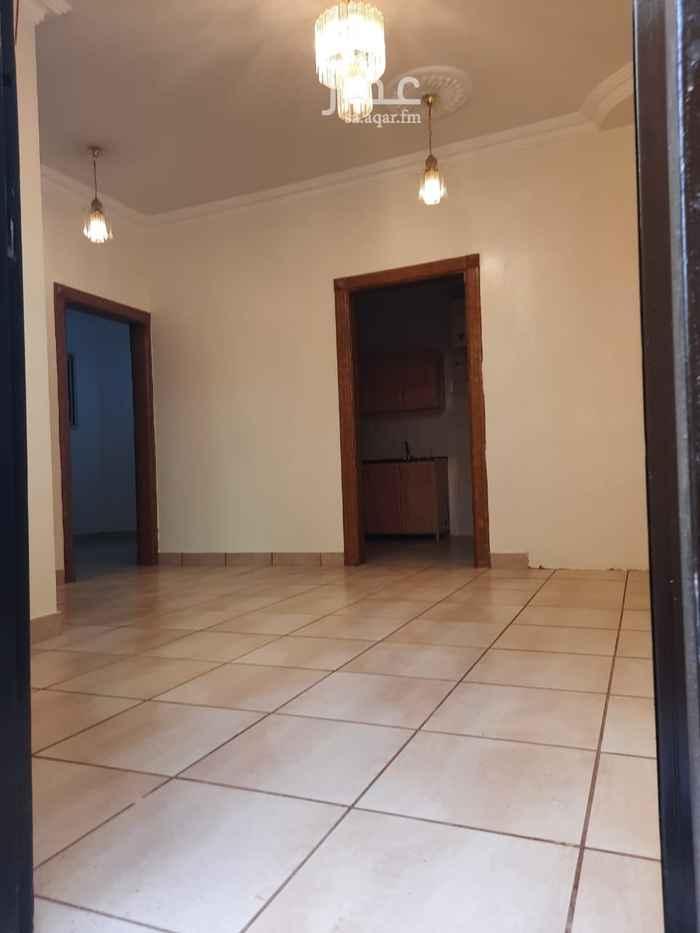 شقة للإيجار في شارع الامير مقرن بن عبدالعزيز ، حي النزهة ، الرياض ، الرياض