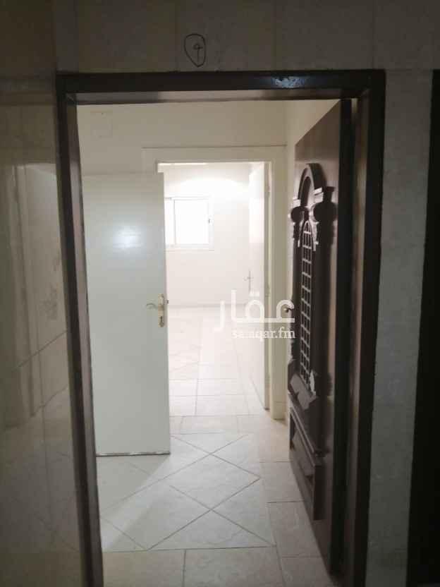 شقة للإيجار في شارع الجولان ، حي الحمراء ، الرياض