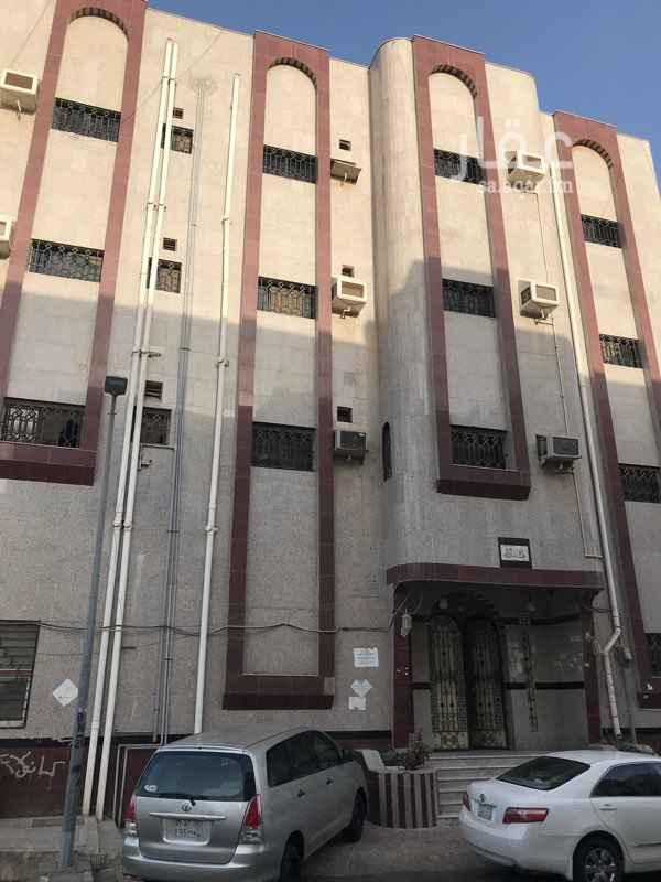 شقة للإيجار في شارع يحيى المعلمي ، حي الربوة ، جدة ، جدة