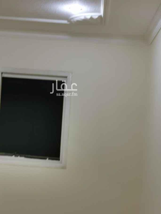 دور للإيجار في شارع الوديعة ، حي العليا ، الرياض