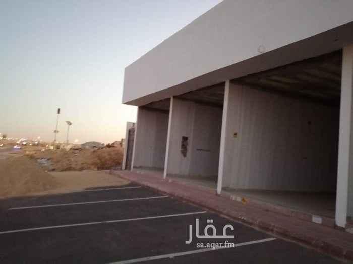 محل للإيجار في طريق الأمير فيصل بن بندر بن عبدالعزيز ، الرياض