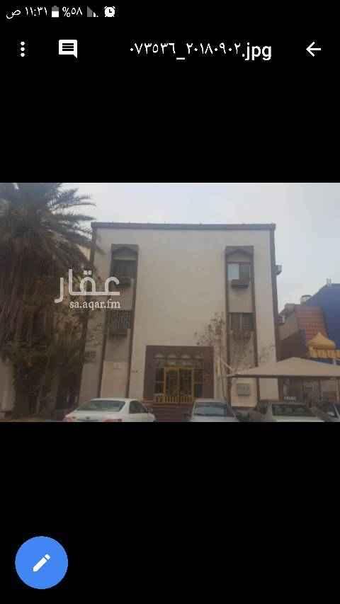 عمارة للبيع في شارع ابن منظور ، حي العزيزية ، جدة ، جدة