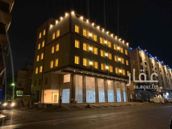 محل للإيجار في شارع محمد بن عبدالوهاب ، حي البغدادية الشرقية ، جدة