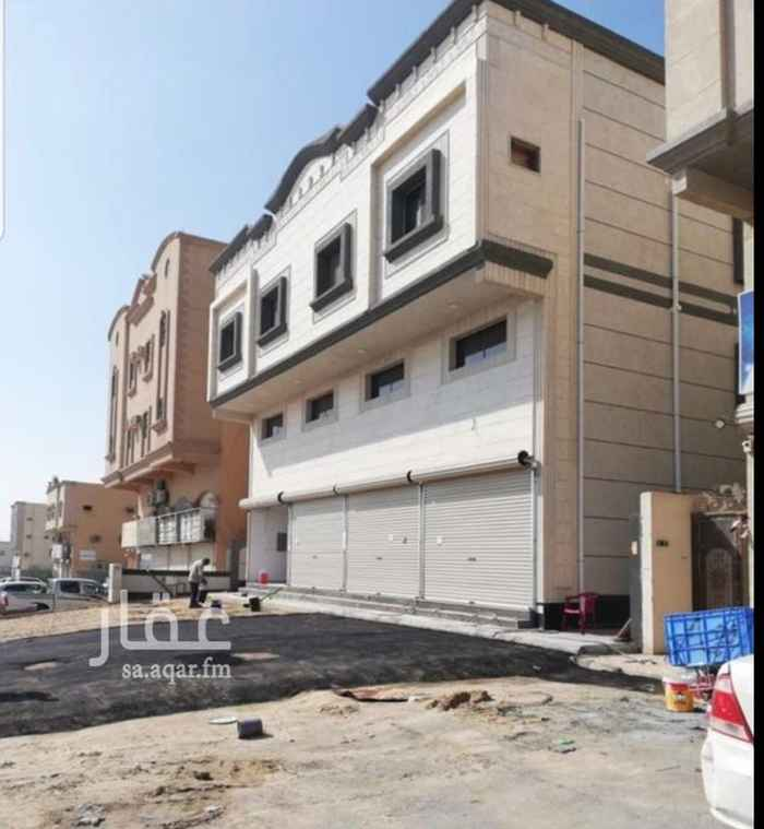 عمارة للبيع في شارع 49د ، حي طيبة ، الدمام