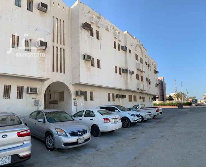 شقة للإيجار في شارع الامير ناصر بن عبد العزيز ، حي الامير محمد بن سعود ، الدمام