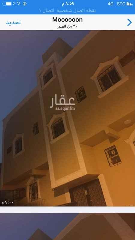 عمارة للبيع في شارع احمد الحنفي, منفوحة, الرياض
