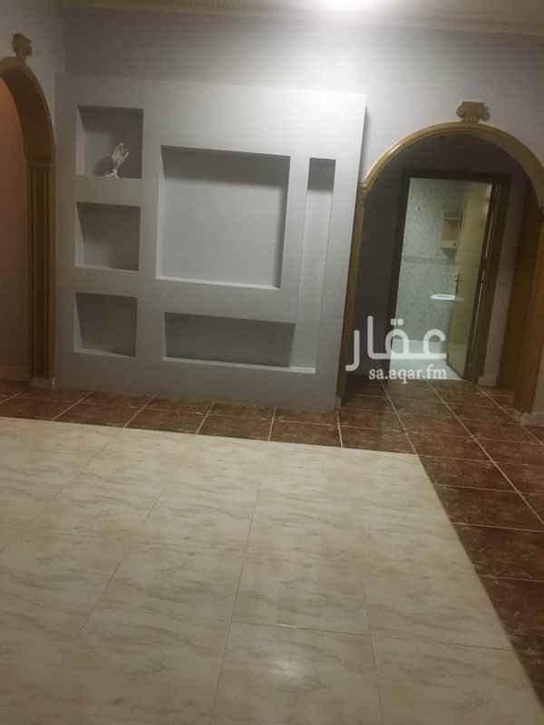 دور للإيجار في شارع الحكم المستنصر بالله ، حي النهضة ، الرياض