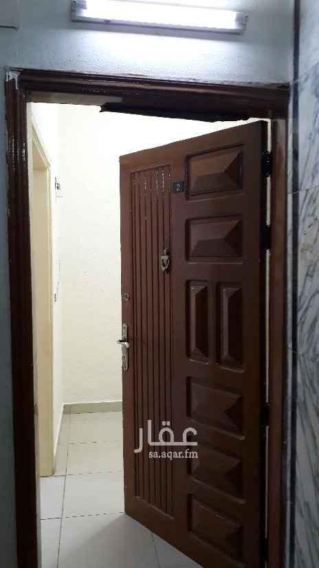شقة للإيجار في شارع ربيق ، حي الربوة ، الرياض ، الرياض