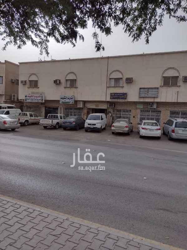 عمارة للإيجار في شارع حفصة بنت عمر ، حي الروضة ، الرياض ، الرياض
