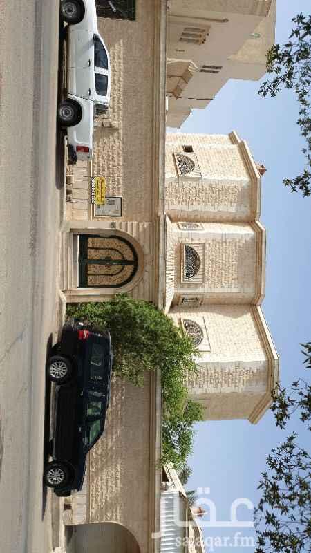 فيلا للبيع في شارع علي بن طاهر ، حي القدس ، الرياض