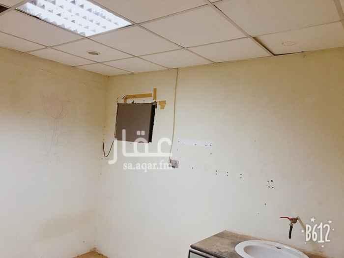 غرفة للإيجار في شارع عبدالله بن سليم, النسيم الشرقي, الرياض