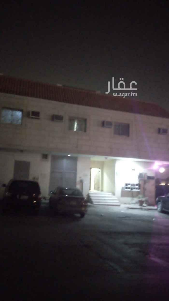 شقة للإيجار في شارع الشيخ محمد بن عبداللطيف بن عبدالرحمن ، حي نمار ، الرياض