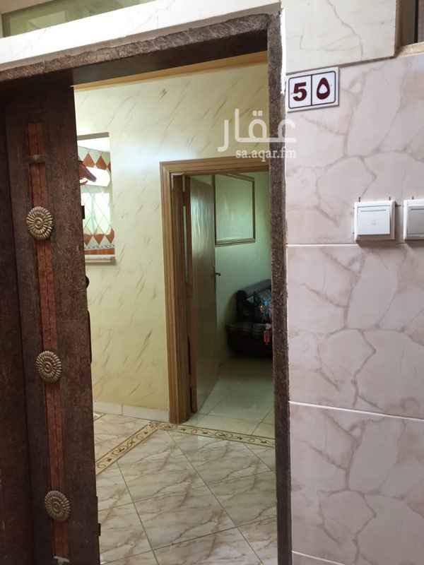 شقة للإيجار في شارع عبداللطيف الحسيني ، حي أم الحمام الغربي ، الرياض ، الرياض