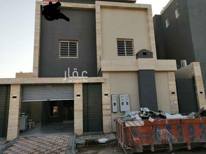 فيلا للبيع في شارع ثمينة ، حي ظهرة لبن ، الرياض ، الرياض