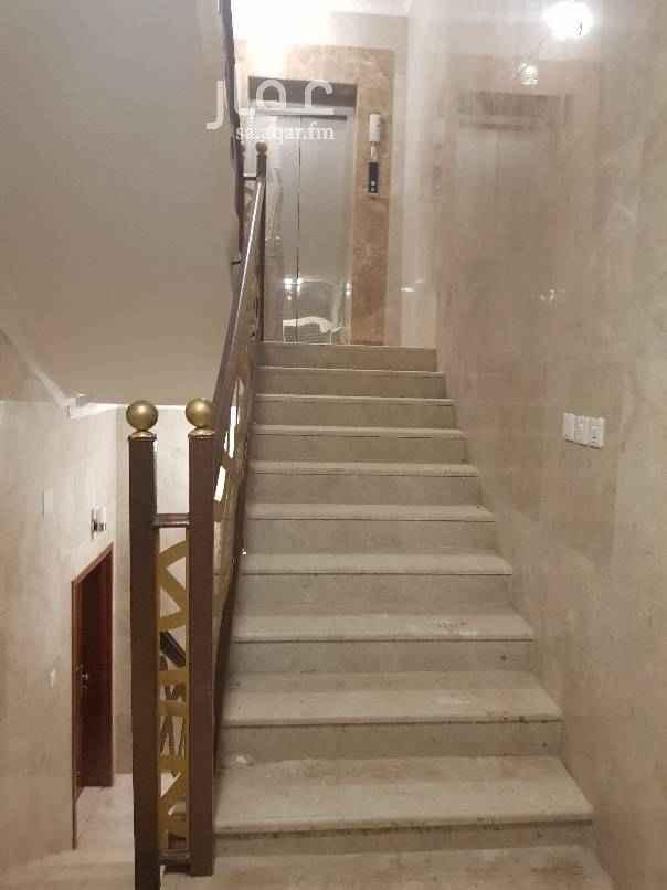 شقة للبيع في شارع خالد بن عقبة القرشي ، حي الملك فهد ، المدينة المنورة