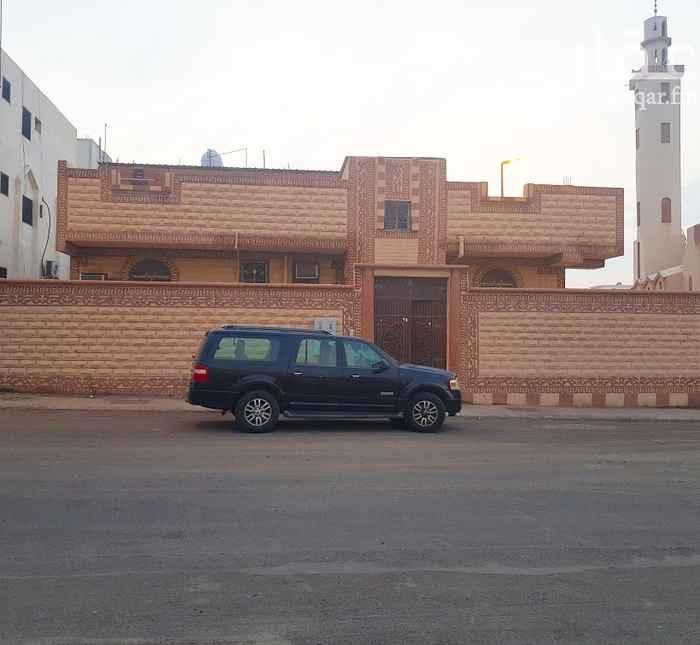 عمارة للبيع في شارع ارطاة بن المنذر ، حي القصواء ، المدينة المنورة