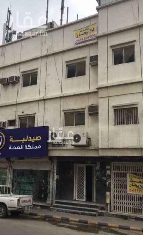 شقة للإيجار في شارع البراء بن عازب ، حي الوزارات ، الرياض