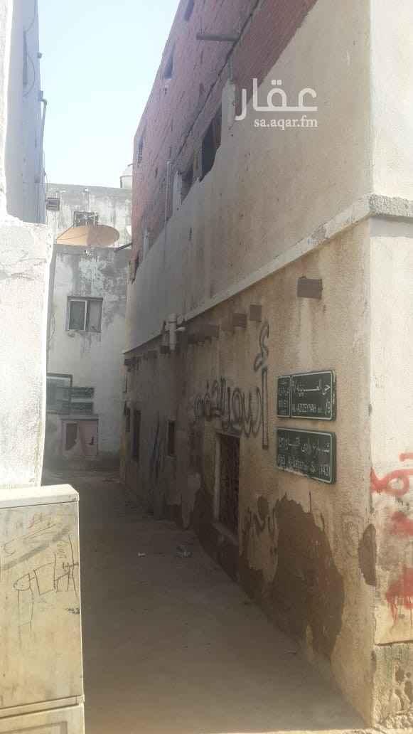 بيت للبيع في شارع وادي رابغ ، حي العزيزية ، جدة ، جدة