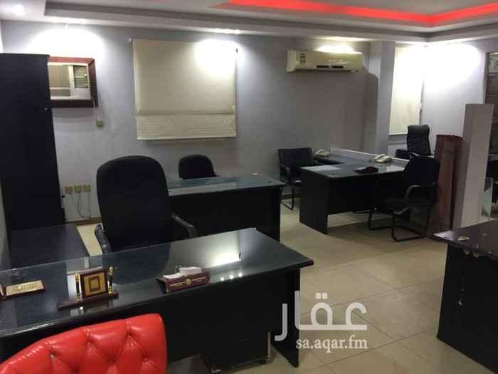 مكتب تجاري للإيجار في شارع مسلم بن ضبيح ، حي الاصيفرين ، المدينة المنورة ، المدينة المنورة