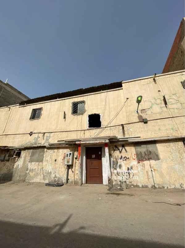 بيت للبيع في شارع الربيع بن نافع ، حي منفوحة ، الرياض ، الرياض